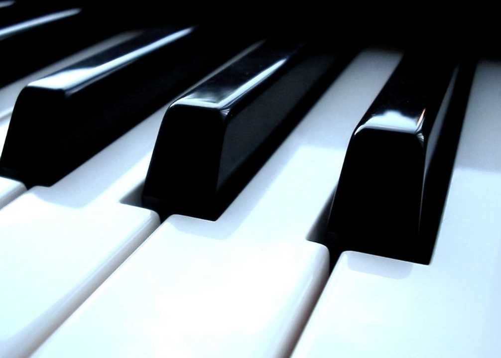 星星泪钢琴曲谱